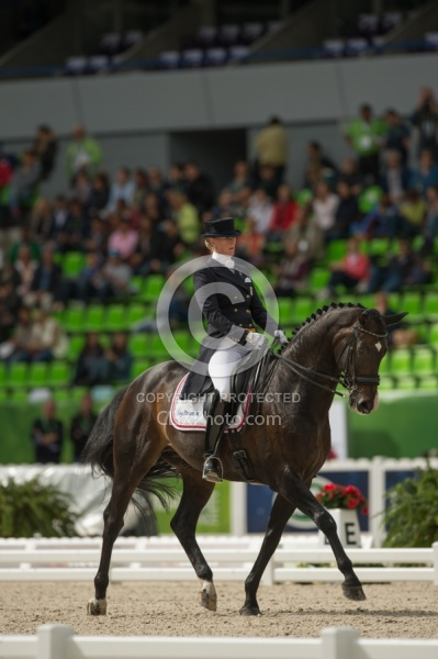 Nathalie zu Sayn-Wittgenstein and Digby Team Grand Prix WEG 2014
